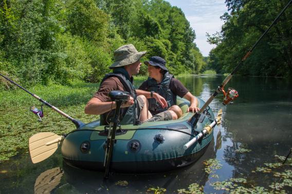 Inflatable boats sevylor fish hunter hf 250 p j ovna for Fish hunter raft